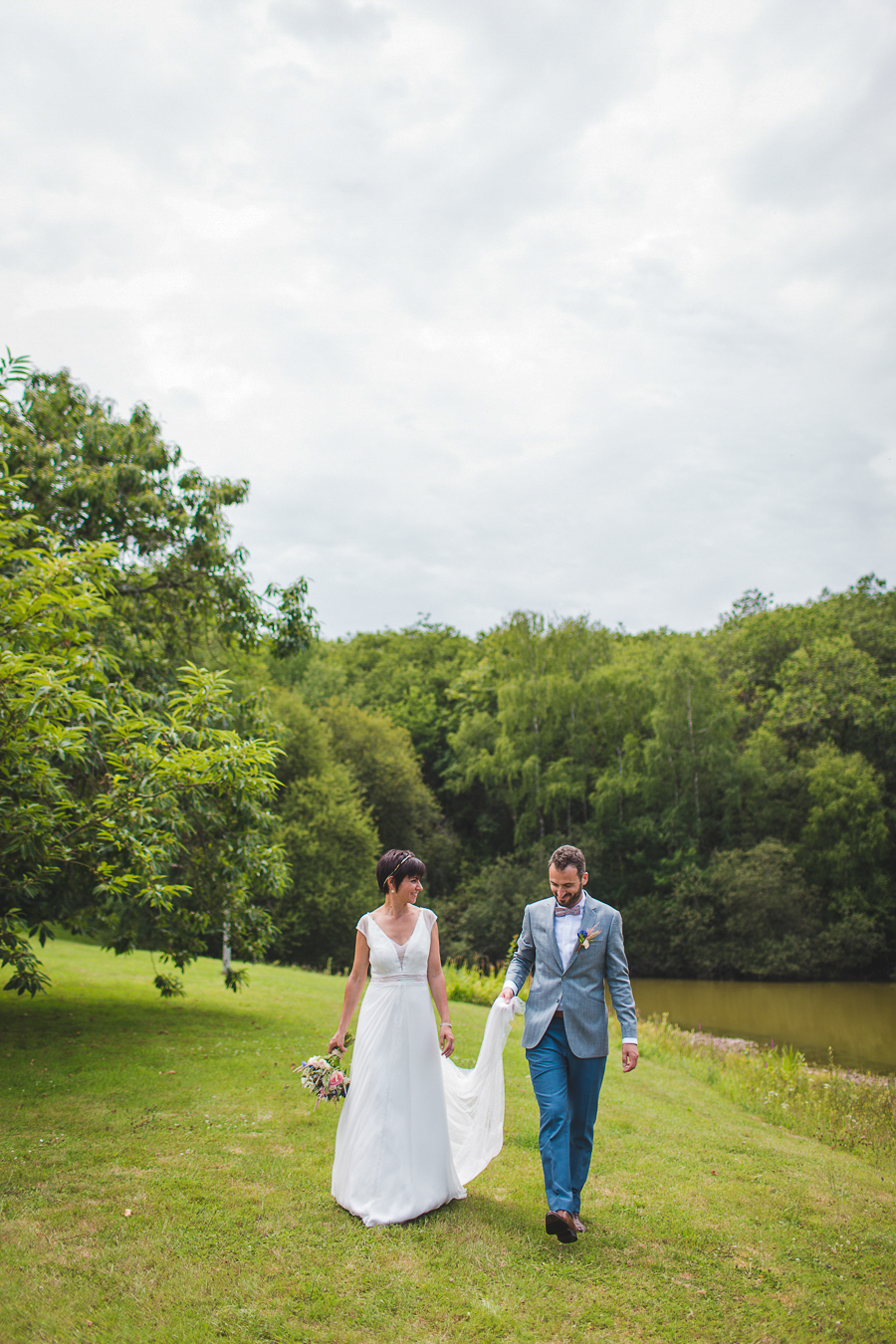 domaine de la bergerie_Camille_Marciano_ PHotographe _ mariage_ champetre_france_photo de couple_18