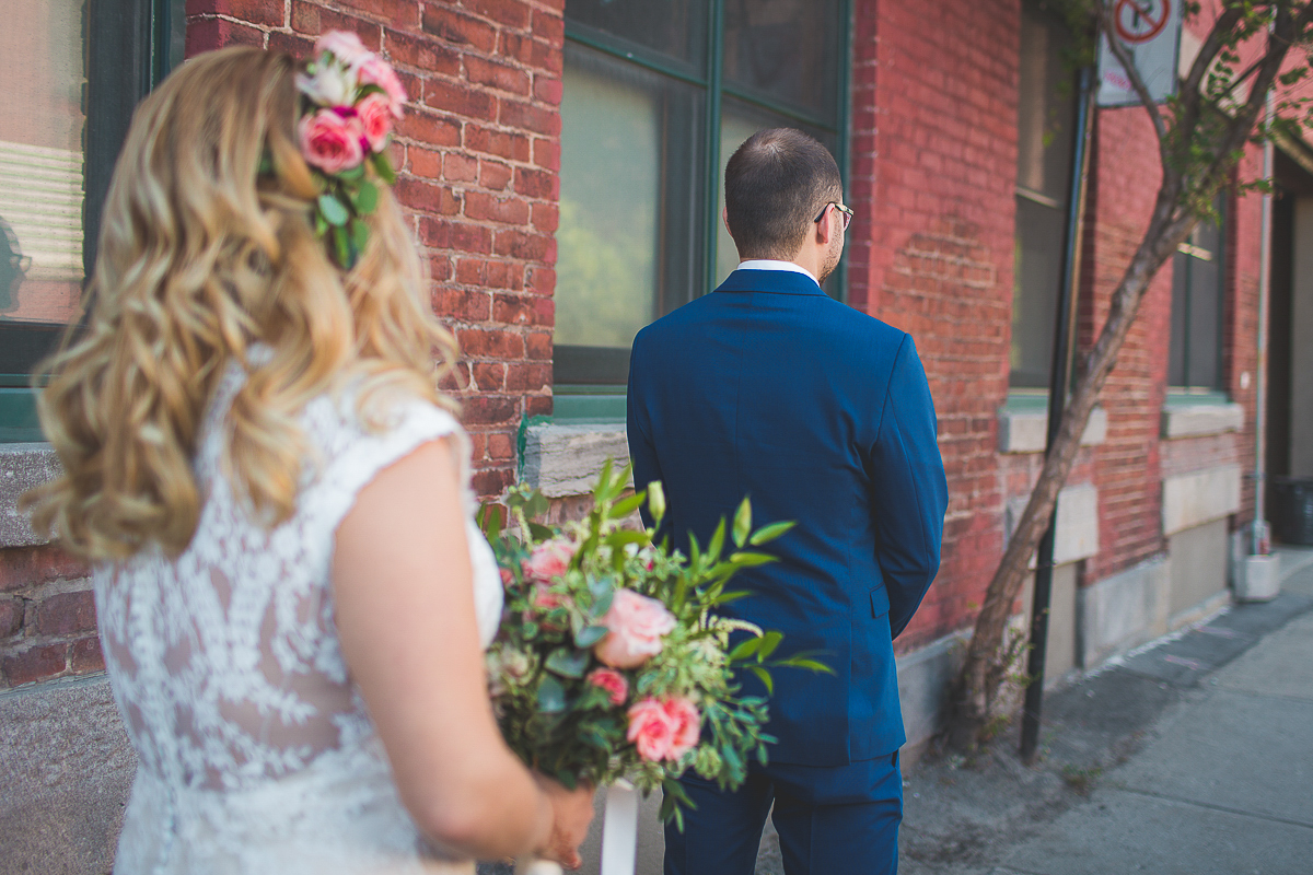 mariage-soupesoup-montreal-photographe-wedding-boheme_firstlook_14