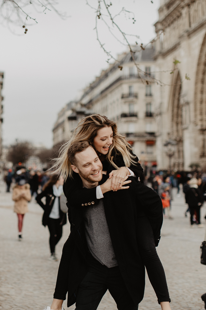 notre-dame_Engagementsession-Paris_photographe_CamilleMarciano_11